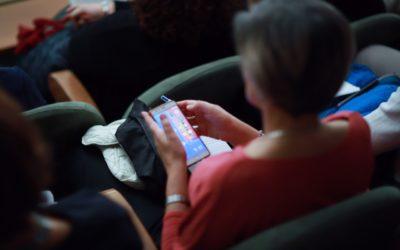 Comunicazione digitale nell'emergenza, 80% degli italiani chiede alle istituzioni notizie su social network e chat